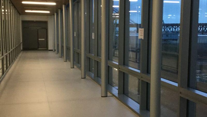 Indoor metal columns